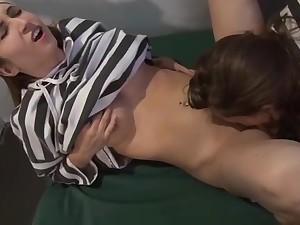 Geile lesben haben im Knast Sex