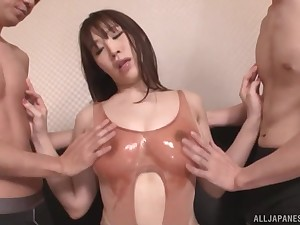 busty  Rinne Toukae sucks every inch of the brush friend's blarney with a threesome