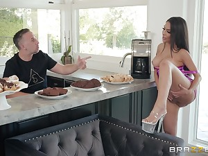 Hardcore evangelist fuck in the kitchen with housewife Lela Star