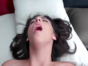Lola Gives Excellent Blowjob Near Pov View