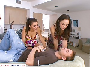 Feeling awesome slutty Kristina Rose shares stiff dick be advisable for fantastic MFF