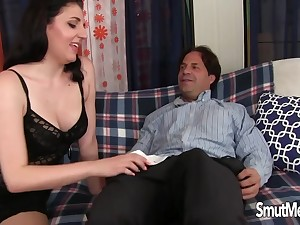 Gorgeous Mature Cascade Gram Enjoys An Old Dick