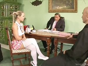Respecting get office bend slutty Mia Leone gives a kinky blowjob