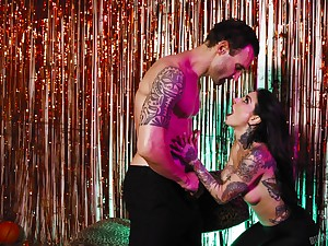 Joanna Angel rides her lovers big cock in an erotic porn peel