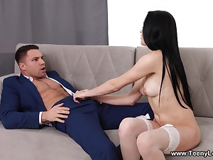 Ravishing Kiara Gold spreads her long legs to have error-free sex