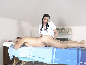 Abb� receives massage with an increment of sex from horny masseuse